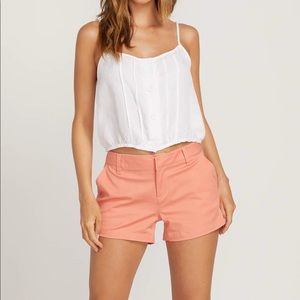 Volcom true to this chino salmon color shorts